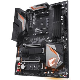 Gigabyte X470 AORUS ULTRA GAMING DDR4 M.2 HDMI 16x AM4 ATX